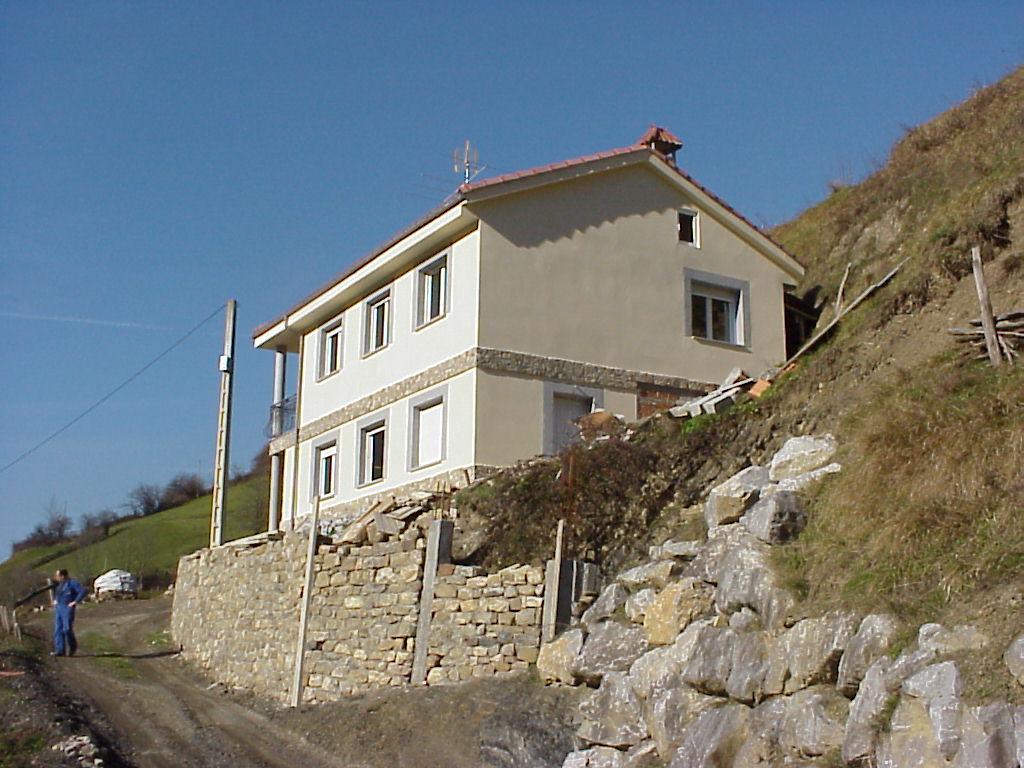 Vivienda unifamiliar felechosa aller asturias dolmen - Arquitectos asturias ...
