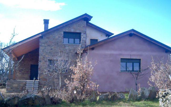 Chalé nuevo en Cobreros Zamora obra de Dolmen Arquitectos
