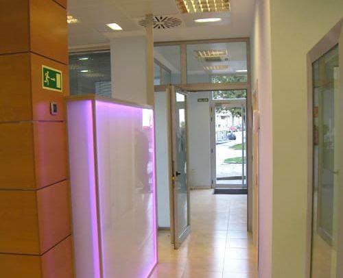 El pasillo clinica dental en Asturias Siero