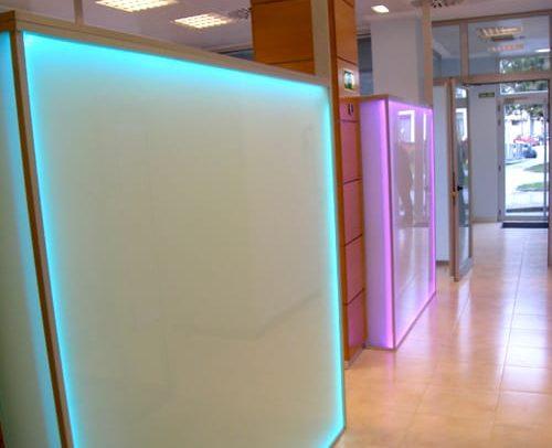 Paneles de vidrio Siero clinica dental Asturias