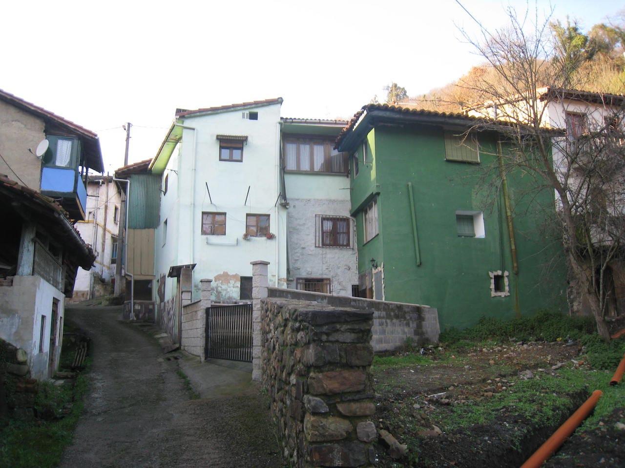 Reforma casa tradicional en Mieres