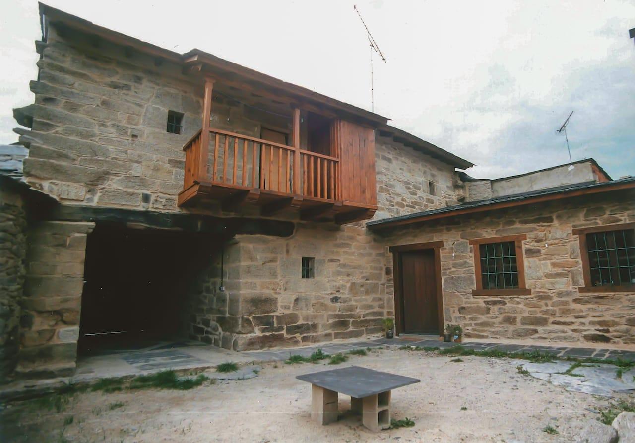 Reforma De Casa Tradicional En Muelas De Los Caballeros Zamora