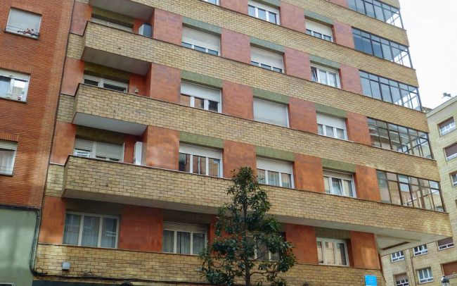 Reforma de fachadas en Oviedo calle Gloria Fuertes proyecto de Dolmen Arquitectos de Asturias-1 5