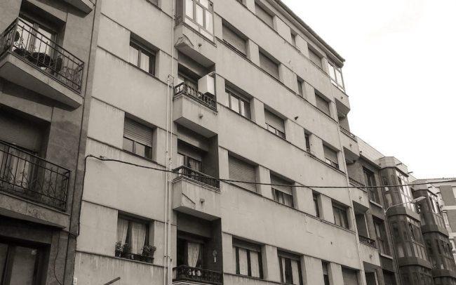 Rehabilitación de fachadas Gijón calle Francisco de Paula Jovellanos proyecto de Dolmen Arquitectos
