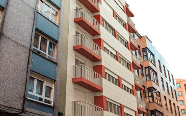 Rehabilitación de fachadas y terrazas en edificio de Gijón Asturias