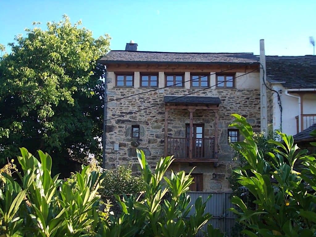 Rehabilitacion de vivienda en Castellanos de Sanabria por arquitecto Dolmen