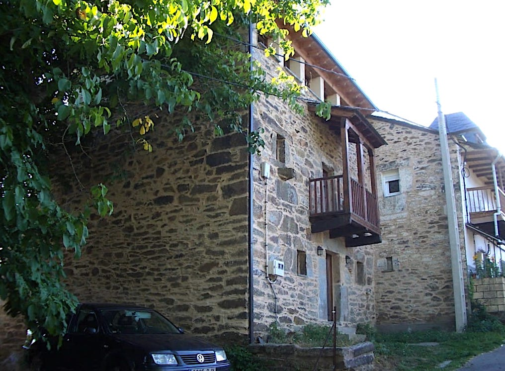 Rehabilitacion vivienda en Castellanos de Sanabria por arquitecto Asturias Dolmen