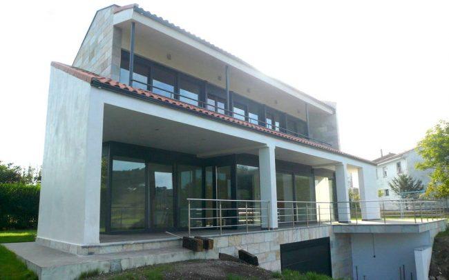 Vivienda nueva en Villaviciosa Asturias obra del estudio de arquitectura Dolmen Arquitectos