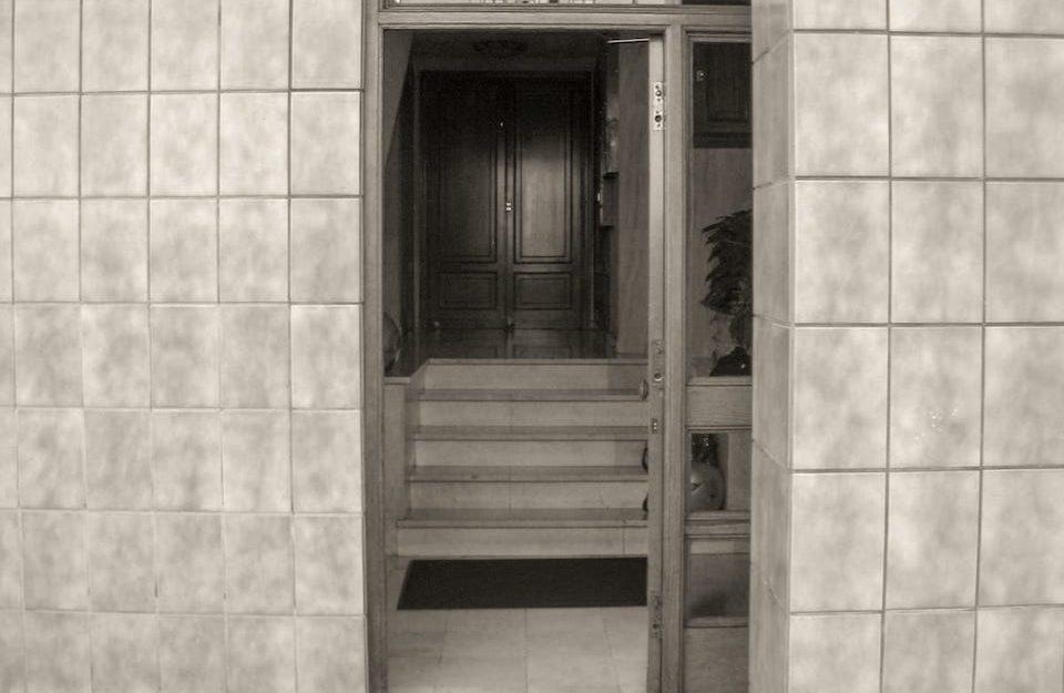 Adecuación de accesibilidad de portal en Gijón