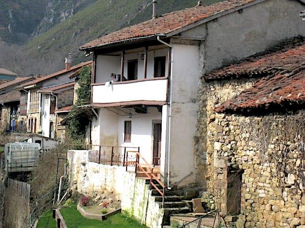 Casona rehabilitada en Sobrescobio Asturias