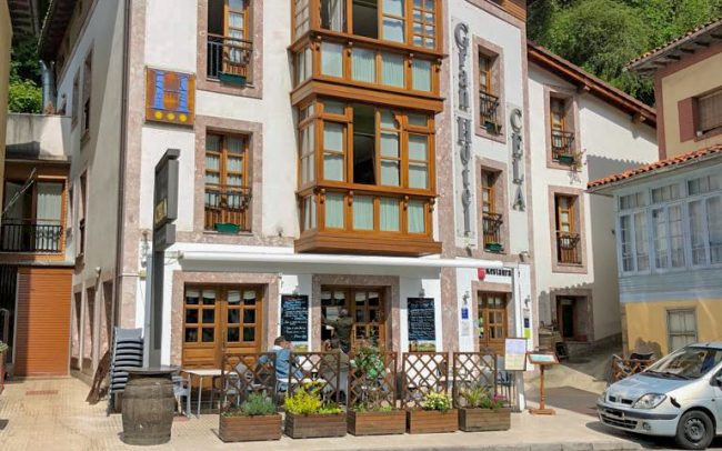 Diseño hotel en Belmonte de Miranda Asturias