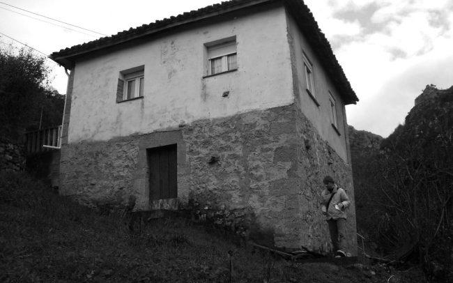 Estado previo a la reforma de una casa en Tablao Asturias