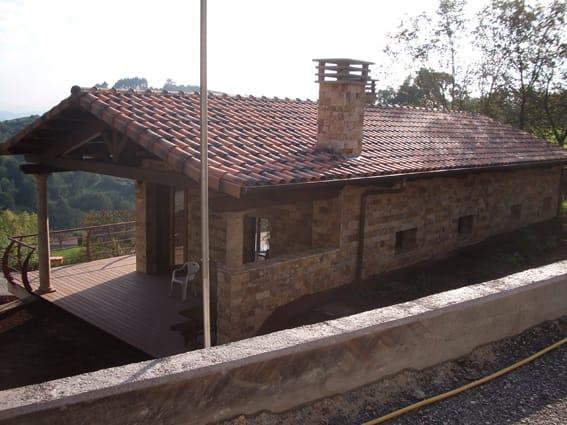Fachada de vivienda unifamiliar en Siero Asturias