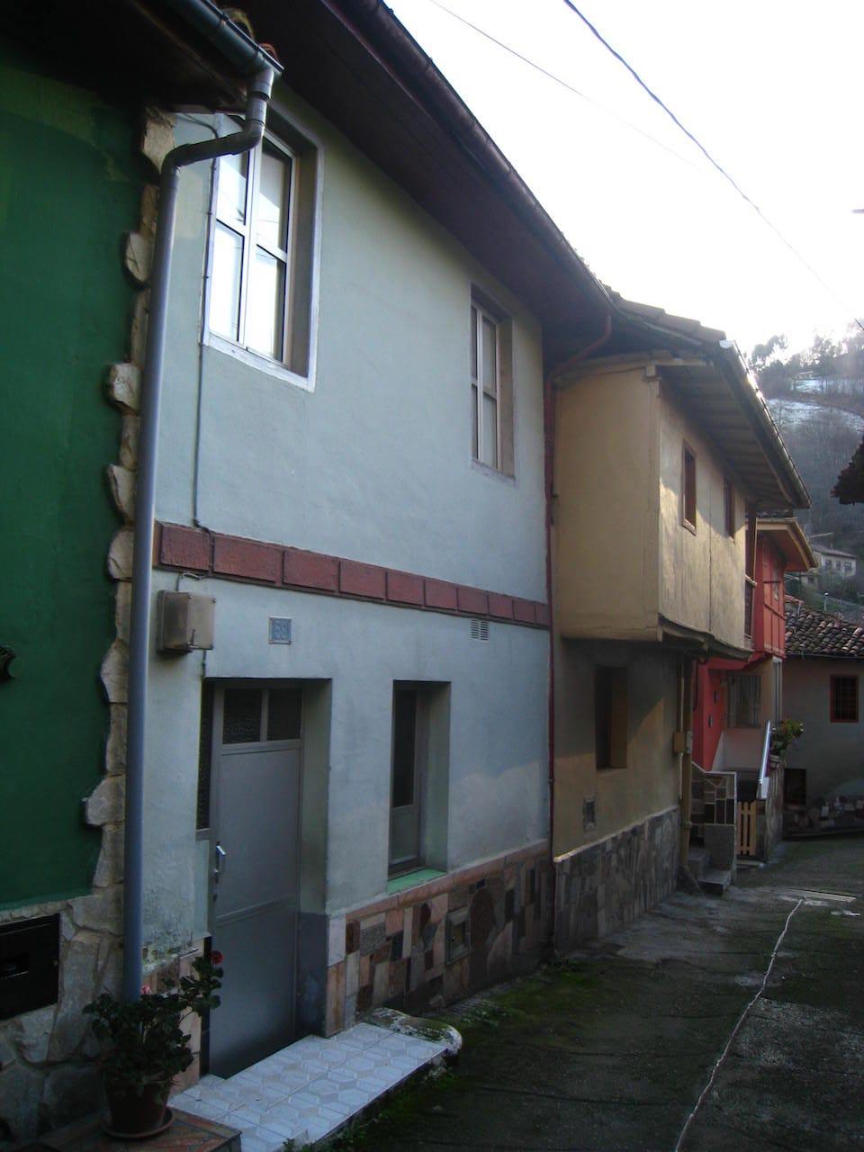 Reforma de casa tradicional en Mieres