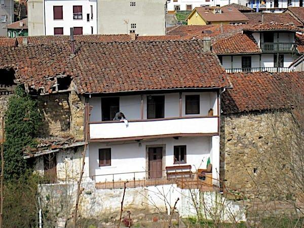 Reforma de casa tradicional en Sobrescobio Asturias