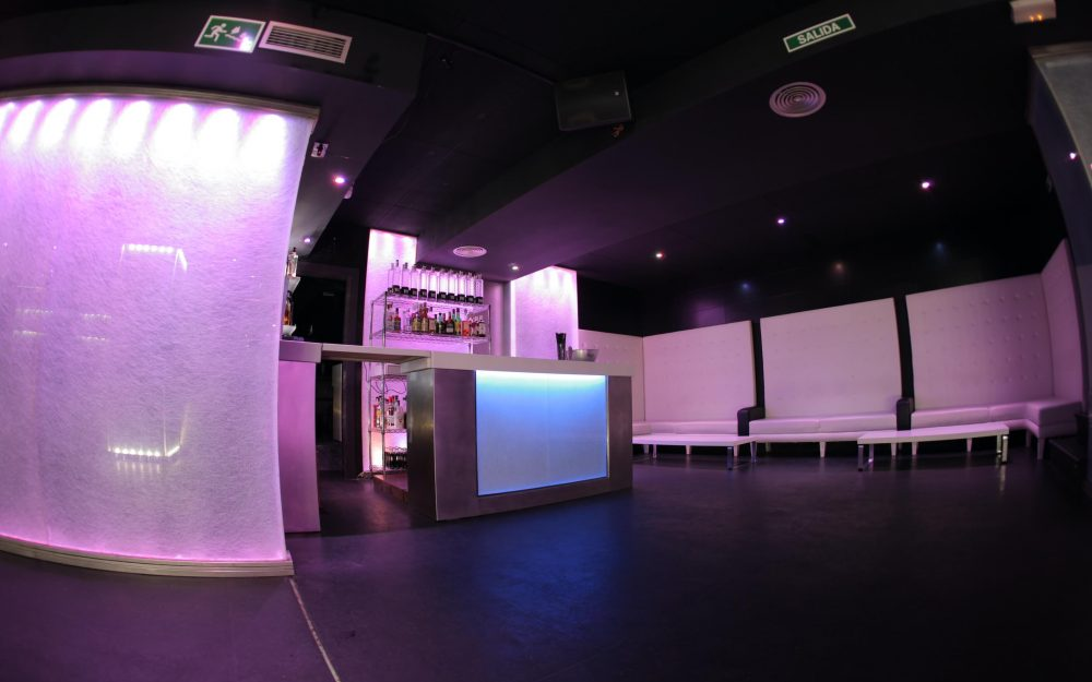 Reforma de local para bar en Oviedo Dolmen Arquitectos Asturias