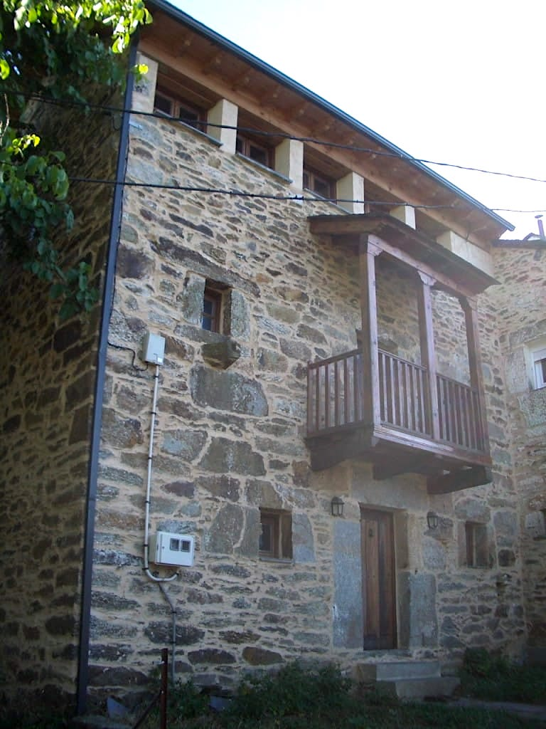 Rehabilitacion de vivienda Castellanos de Sanabria por arquitecto Asturias Dolmen