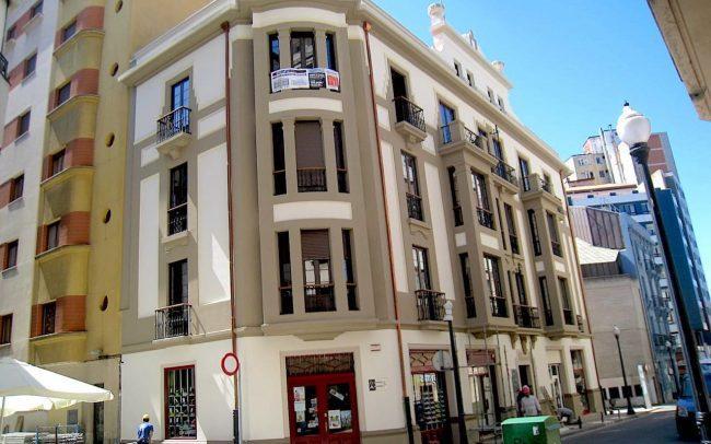 Rehabilitacion fachada calle Instituto en Gijon Asturias