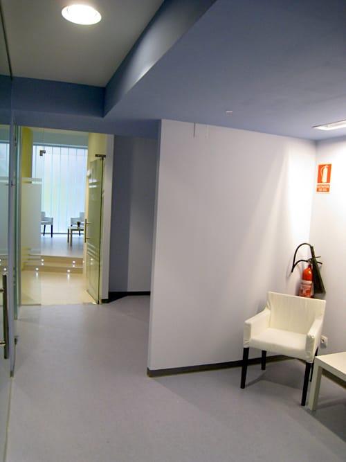 Sala espera clinica dental Avda de Castilla Gijon
