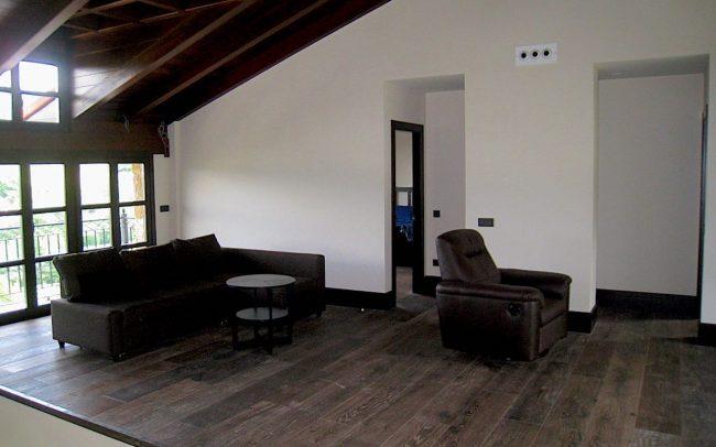 Techo abuhardillado vivienda unifamiliar Villaviciosa Asturias