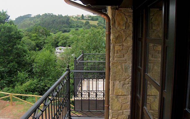 Terraza exterior vivienda unifamiliar Villaviciosa Asturias