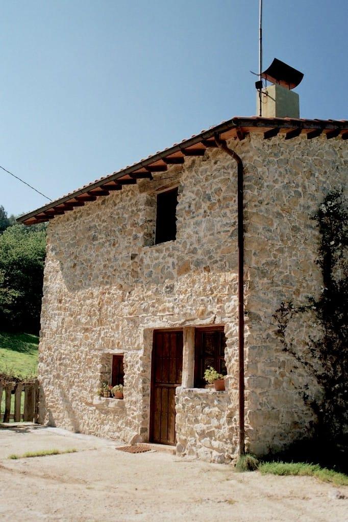 Trasera de chalé en La Madrera Asturias