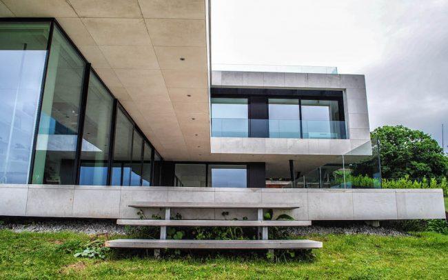 Vivienda de lujo en El Rinconín Gijón diseño de Dolmen Arquitectos arquitectura e interiorismo en Asturias